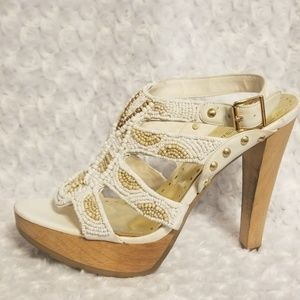 BCBGirls platform sandal, size 8B/38
